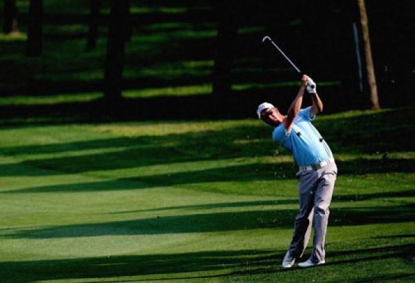 它还是高尔夫规则的制定机构,所有的大型比赛规则都必须符合它的基本
